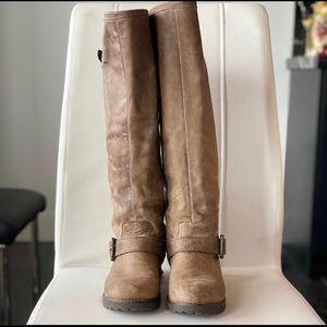 Steve Madden Buckeye leather riding boot